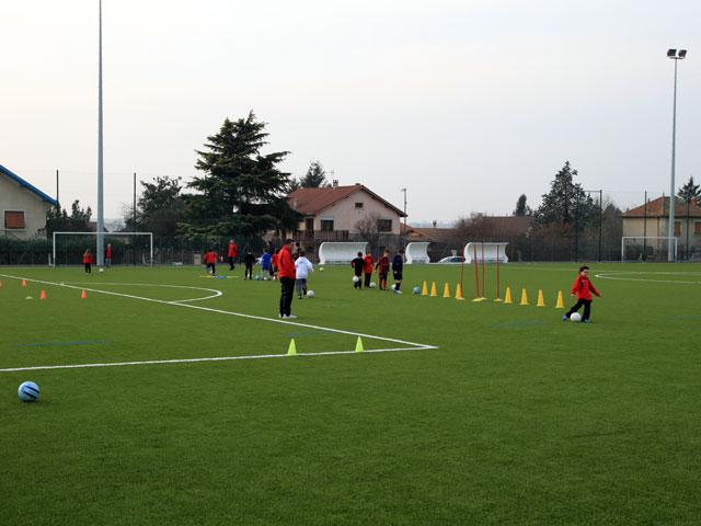 Stades de football de Diémoz